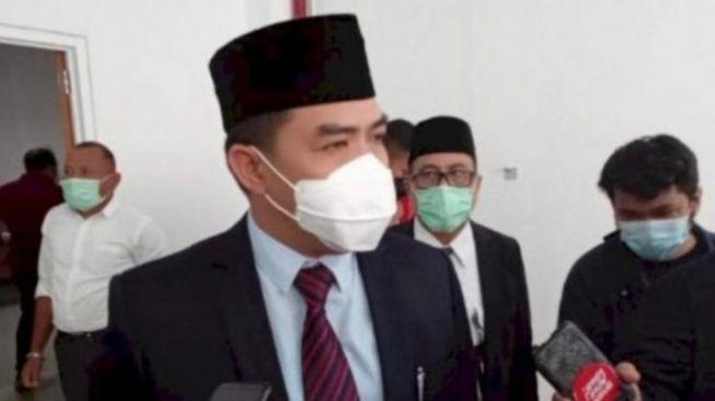 Dicopot dari Ketua DPRD Kaltim oleh Partainya Sendiri, Makmur HAPK Mau Pindah ke Gerindra?