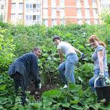 Кристине Моисеенко и Наташе Хомяковой за замечательные ландшафтные идеи и их воплощение, без них не было бы у ручья Уинки такой красоты! Спасибо Егору за постройку замечательных деревянных дорожек