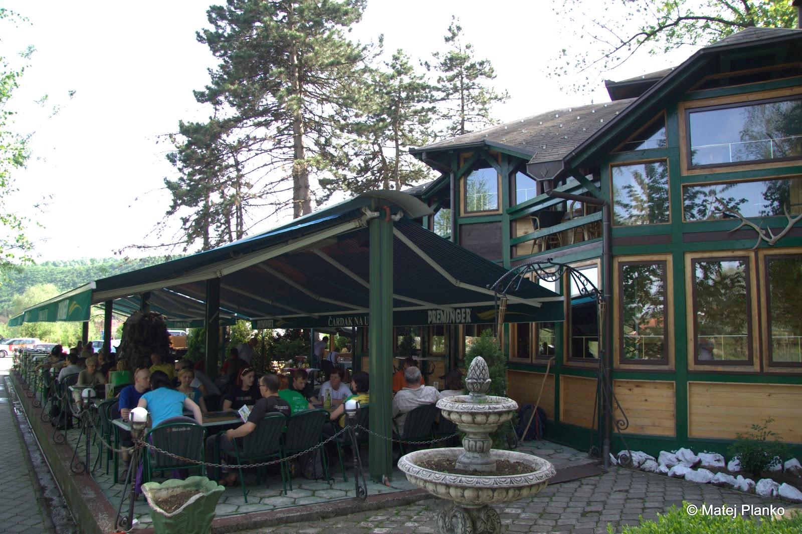 V restavraciji Čardak