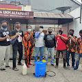 PAC Pemuda Pancasila Bekasi Timur dan sobat triad Lakukan Penyemprotan Disinfektan