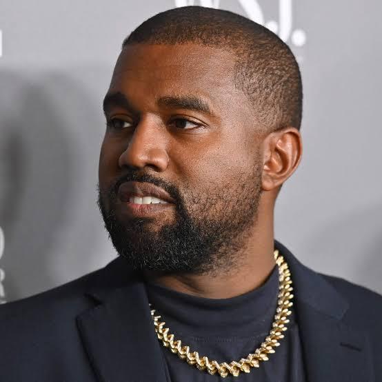 Hatimaye Kanye West Amebadili Jina Lake Kisheria, Kwa Sasa Kutambuliwa Kwa Jina Hili