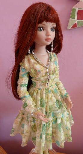 Ma jolie Feeling Drained dans sa belle robe... ça sent le printemps ! FeelingDrained%2520%252B%2520Woeful%2520dress1