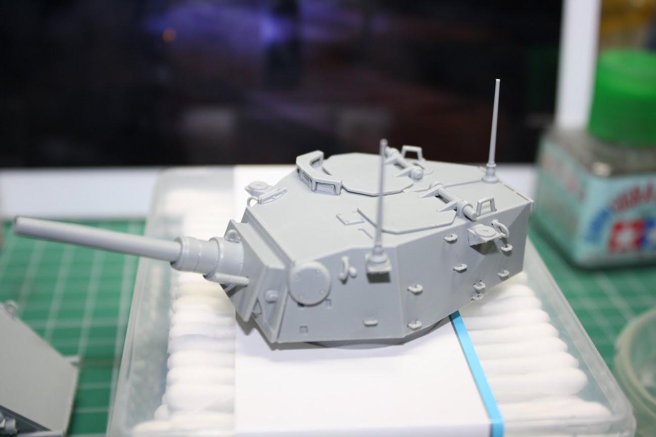 UK : Dragon Black Label 1:35 British Armoured Car Saladin Mk