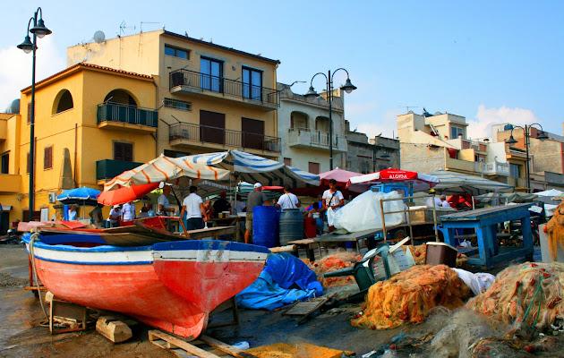 Piccolo mercato del pesce di rosarionotaro@gmail.com