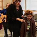 Voorstelling kinderboekenweek interactief muzikaal theater ZieZus met humor liedjes meespelenIMG_2932.jpg