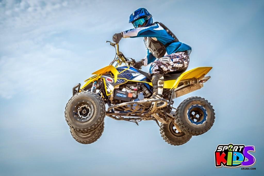 extreme motorcross Aruba - moto%2Bcross%2BGrape%2Bfiled%2BApril%2B2015-105.jpg