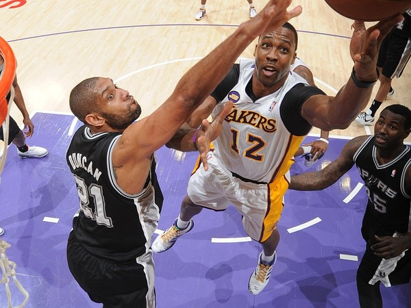 2013 NBA Playoffs : Kobe-less Lakers against Spurs
