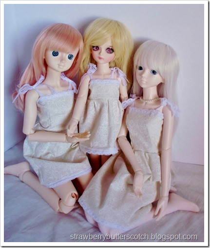 5 a Week: Tiny Doll Dresses:  Matching dresses!