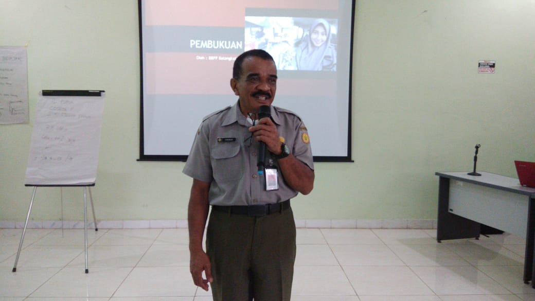 Lukman Widyaiswara BBPP Batangkaluku Beri Pelatihan Bisnis Wirausaha Pengelola P4S