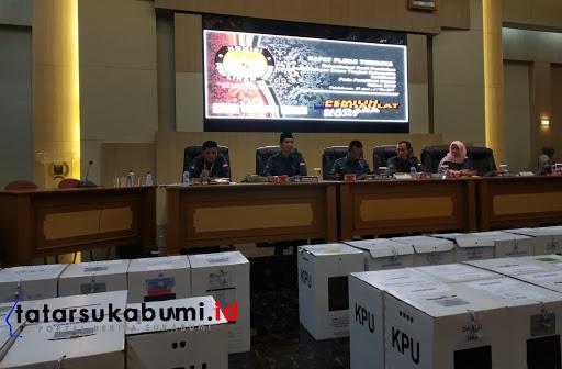 Rekapitulasi Penghitungan Suara Pemilu 2019 Sempat Tertahan, KPU dan Bawaslu Kabupaten Sukabumi Akhirnya Sepakat