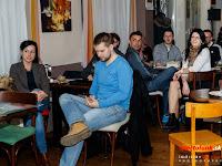 3 Bózsing Katalin, a nagyfödémesi MKP elnöke és Kovács Balázs, a Fiatal Függetlenek kampánystábjának a tagja is kíváncsi volt a beszélgetésre.jpg