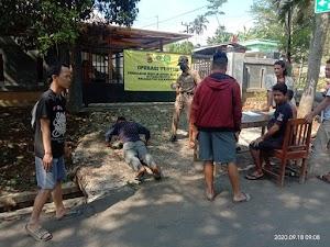 Beberapa Pelanggar Operasi Yustisi Mendapatkan Sanksi Sosial Berupa Push up Oleh Polres Bogor Polda Jabar