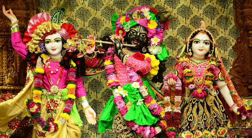 ISKCON GEV Deity Darshan 09 Jan 2017 (1)