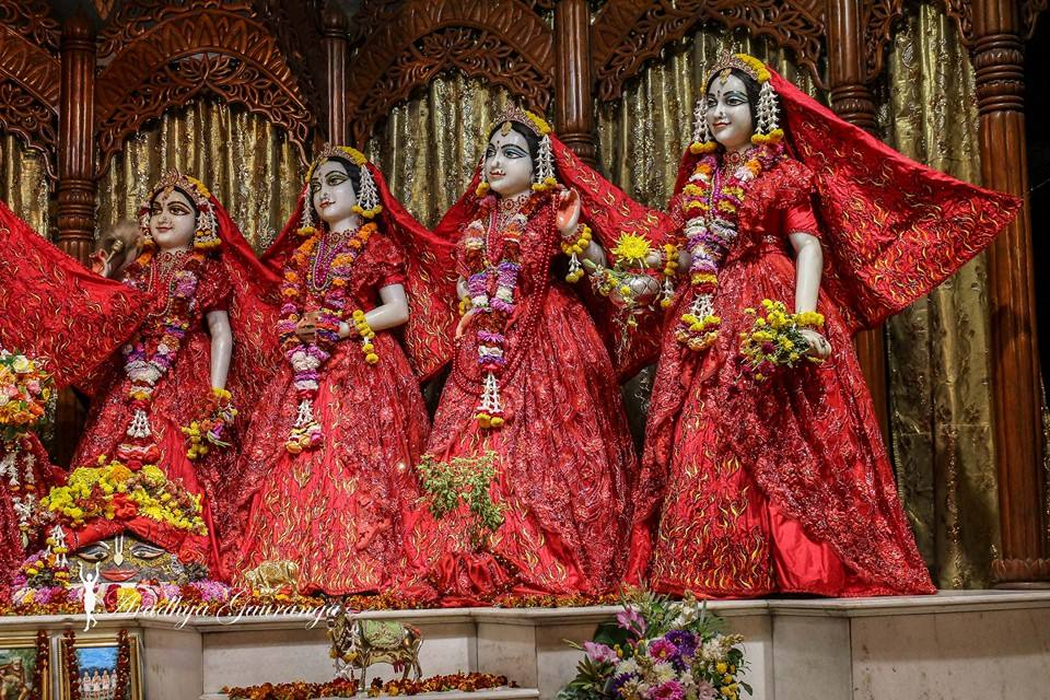 ISKCON Mayapur Deity Darshan 06 Jan 2015 (11)