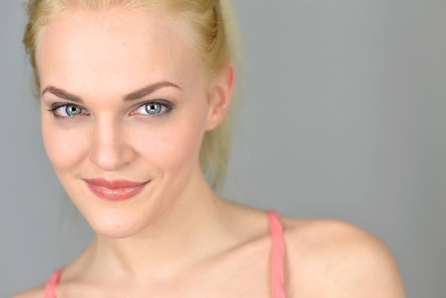 Madeline Brewer Profile pictures, Dp Images, Display pics