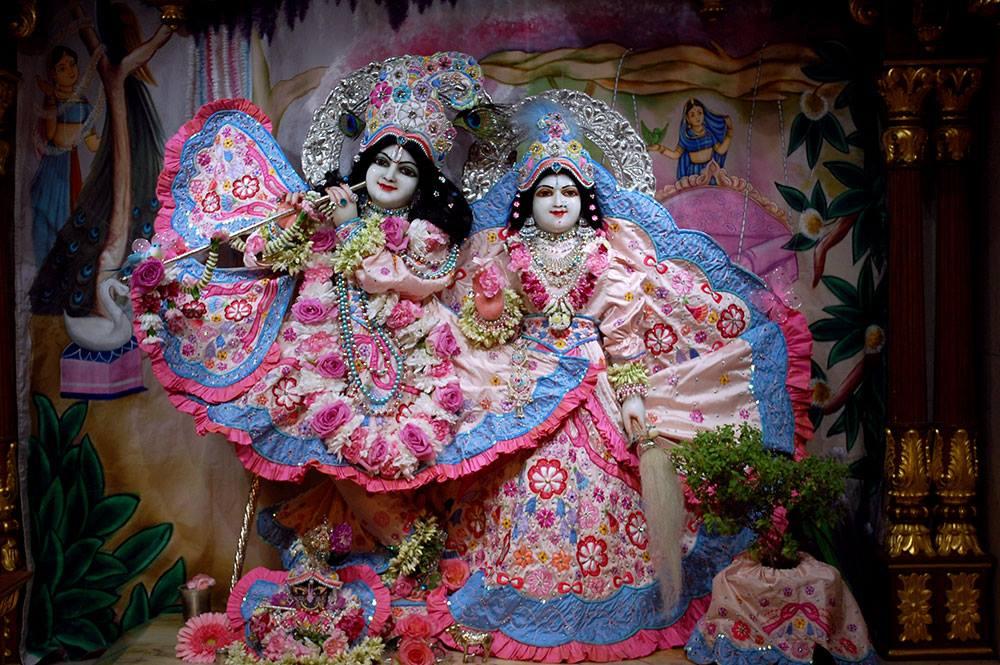 ISKCON London Deity Darshan 20 Sep 2016 (3)