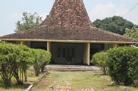 Berita foto Sinar Ngawi hari ini, pemeritah Kabupaten Ngawi gagal membeli bangunan Eks Kepatihan