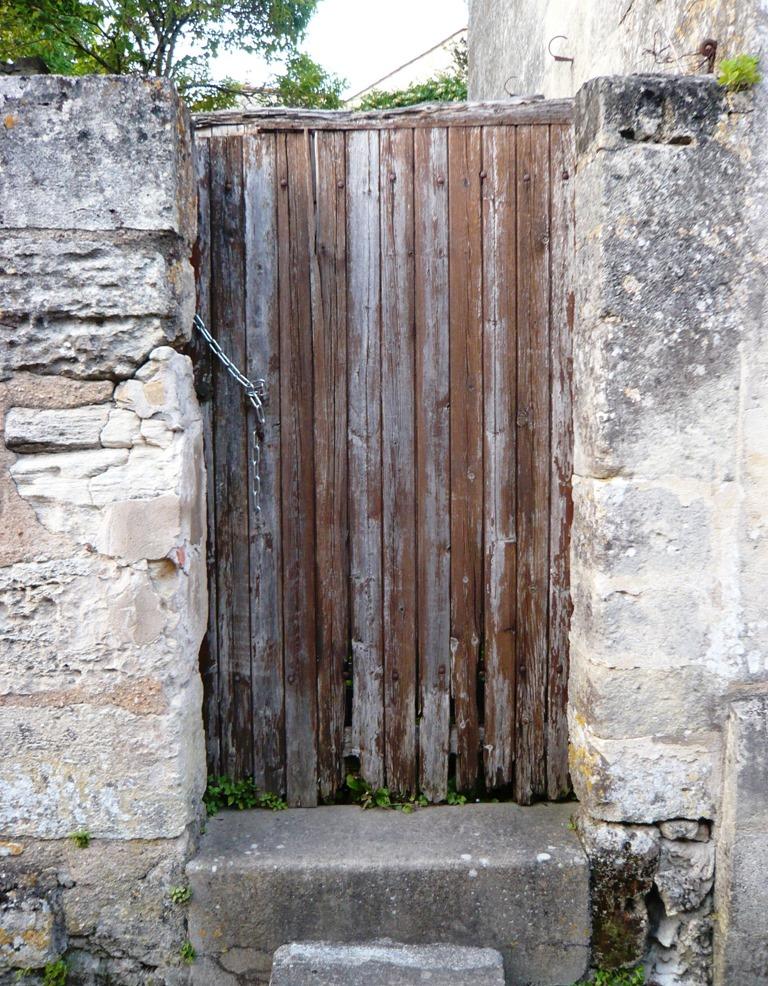 [St+Emilion+doors+and+windows4%5B4%5D]