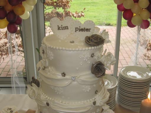 872 Topper bruidstaart Pieter en Kim.JPG