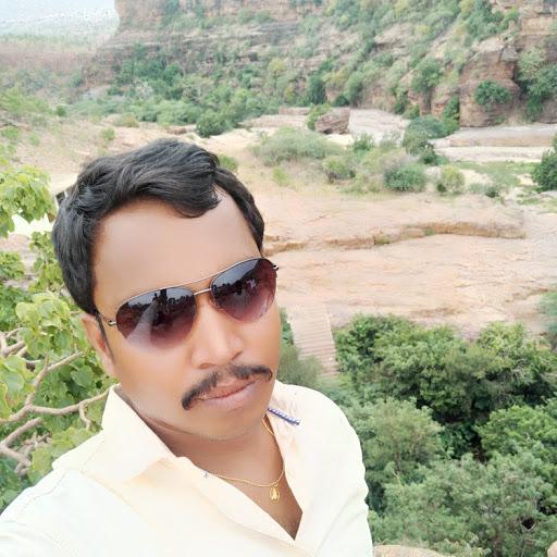 Rayal Guru avatar