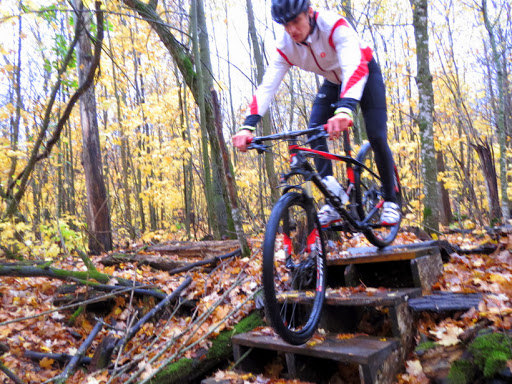 Peter Donars riding the stairs on twin lakes singletrack.