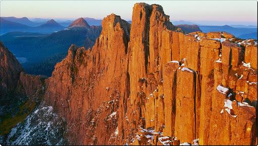 Dawn on Mount Geryon, Cradle Mountain-Lake Saint Clair National Park, Tasmania, Australia.jpg