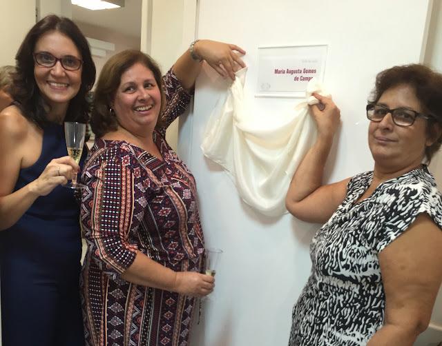 Comemoracao (Dra. Tania Guerreiro, Sonia e Tania Campos (filhas da homenageada Maria Augusta) - Abril 2015