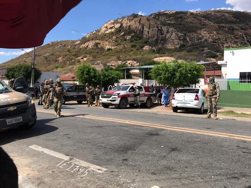6 homens que participaram de assalto à agência bancária em Coremas são mortos em troca de tiros com a PM em Catingueira