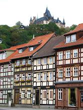 Photo: Nad miasteczkiem Wernigerode króluje zamek