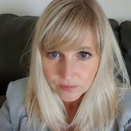 Melanie English