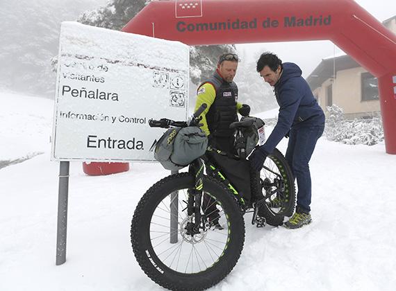 Ultramaraton de fat bike en Alaska, con el aventurero madrileño Antonio de la Rosa
