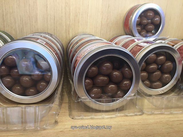beryls chocolate Beryl's chocolate's top competitors are blommer chocolate, barry callebaut and  guittard see beryl's chocolate's revenue, employees, and funding info on.
