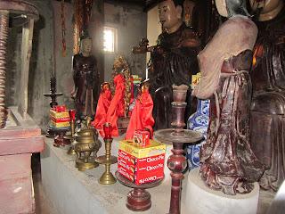 0019Ngo_Quyen_Temple