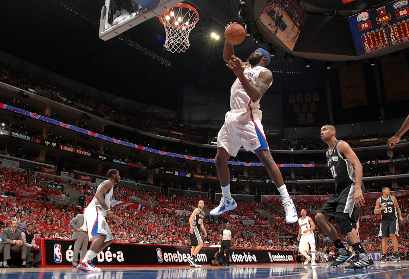 Photo: LOS ANGELES, CA - MAY 19: Reggie Evans goes up for a basket during the game against the San Antonio Spurs.