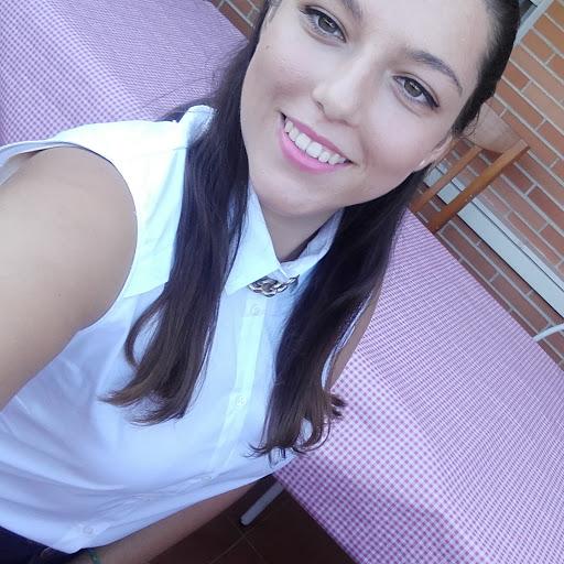 Paula Vera picture