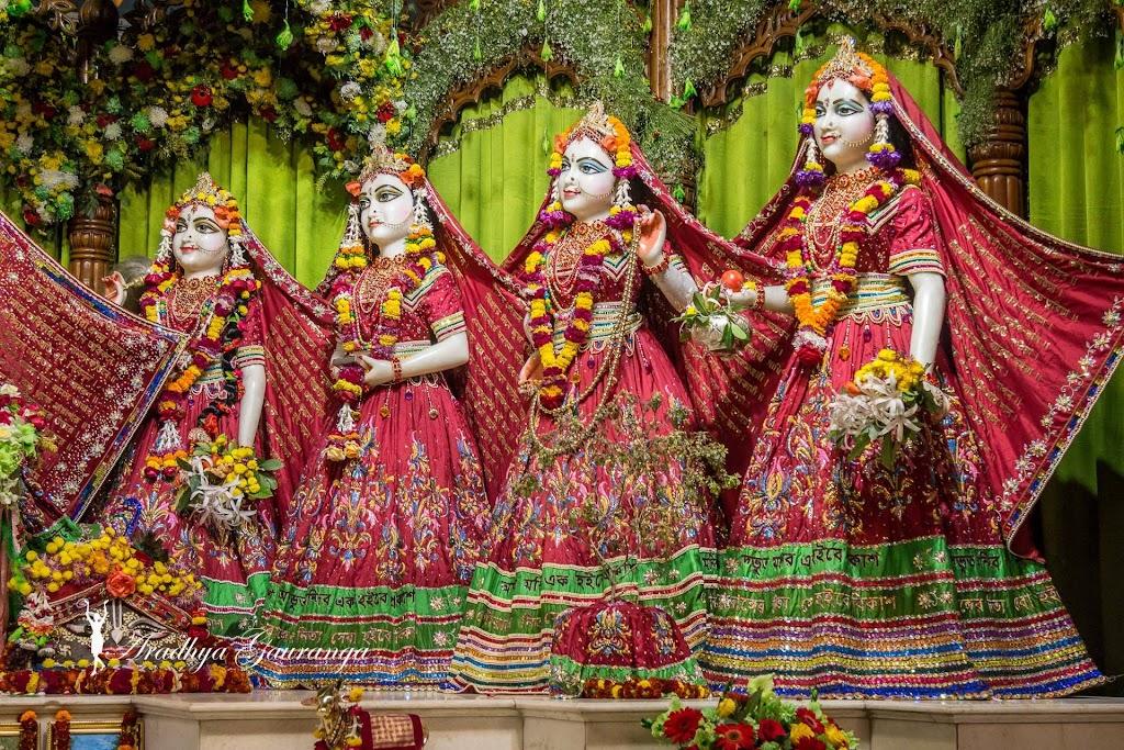ISKCON Mayapur Deity Darshan 14 Jan 2017 (25)