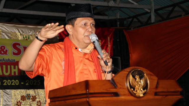 Foto: Irwan Basir Datuk Rajo Alam ketika Memberikan Kata Sambutan Pada Pelantikan Pengurus FKAN Pauh IX.