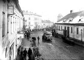 Львов. Улица Богдана Хмельницкого