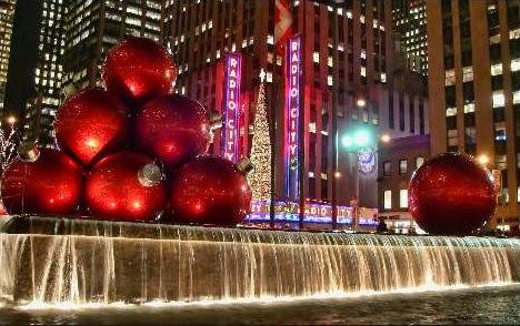 Sfondi di Natale Palline rosse