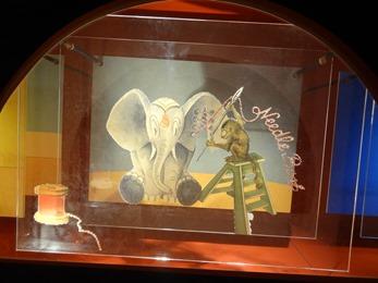 2018.09.30-034 vitrine éléphant