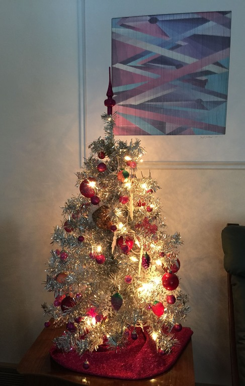 [Christmas+tree+in+libing+toom+%282%29%5B5%5D]