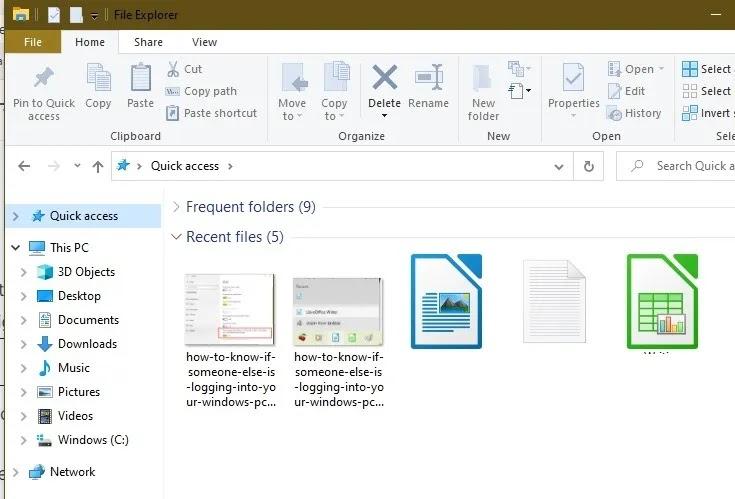 كيفية معرفة ما إذا كان شخص آخر يقوم بتسجيل الدخول إلى جهاز الكمبيوتر الذي يعمل بنظام Windows بسرعة