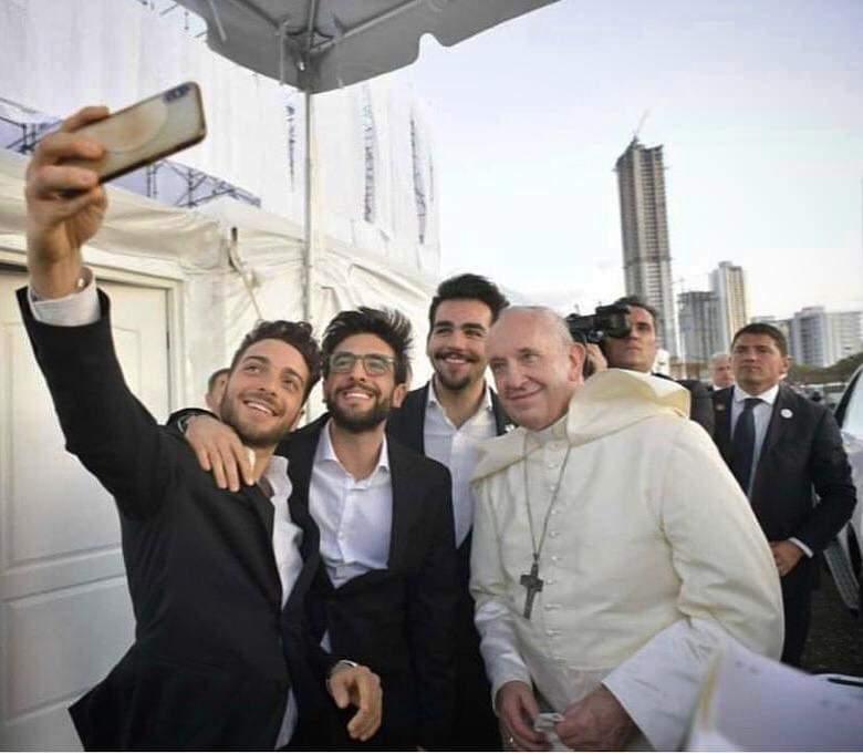 Il trio de Il Volo si è esibito a Panama per Papa Francesco