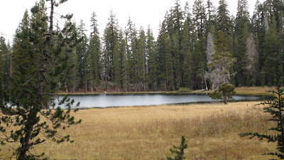 Lukens Lake. Nobody else.©http://backpackthesierra.com