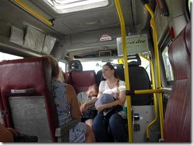 scene de vie bus Aniva