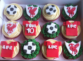 Liverpool football cupcakes