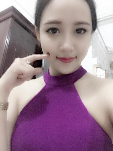 Hot girl DJ Khánh Ly bức tử vòng một