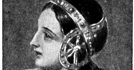 queen isabella essay Queen isabella queen isabella was a strong minded and determined woman who had a strong religious belief in christianity she was married to ferdinand and.
