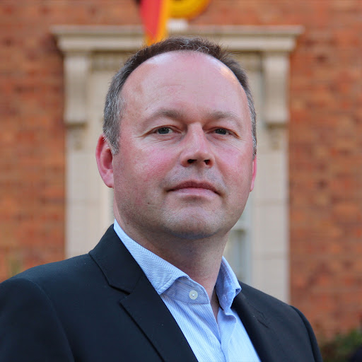 Sascha boerger for Ecole superieure du commerce exterieur paris