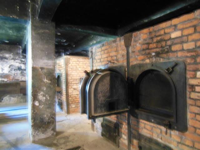 Horno crematorio en Auschwitz